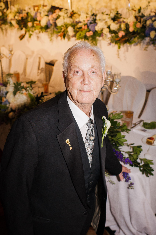 Bill Plummer AIFD, AMF